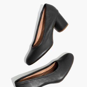 Madewell Reid black leather pump